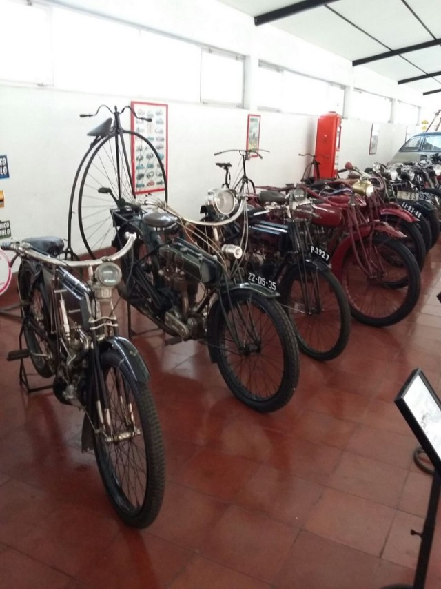 Museu carro do Caramulo bicicleta