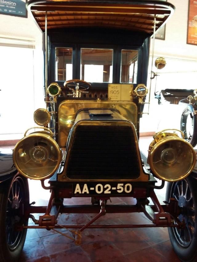 Museu carro do Caramulo De dion-Bouton 1905